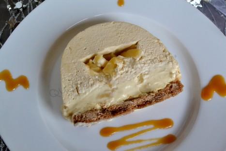Bûche caramel au beurre salé pommes caramélisées et crème brûlée à la vanille