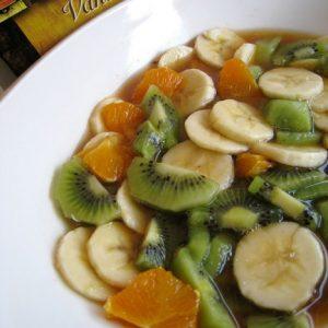 Salade de fruits au sirop de thé à la vanille
