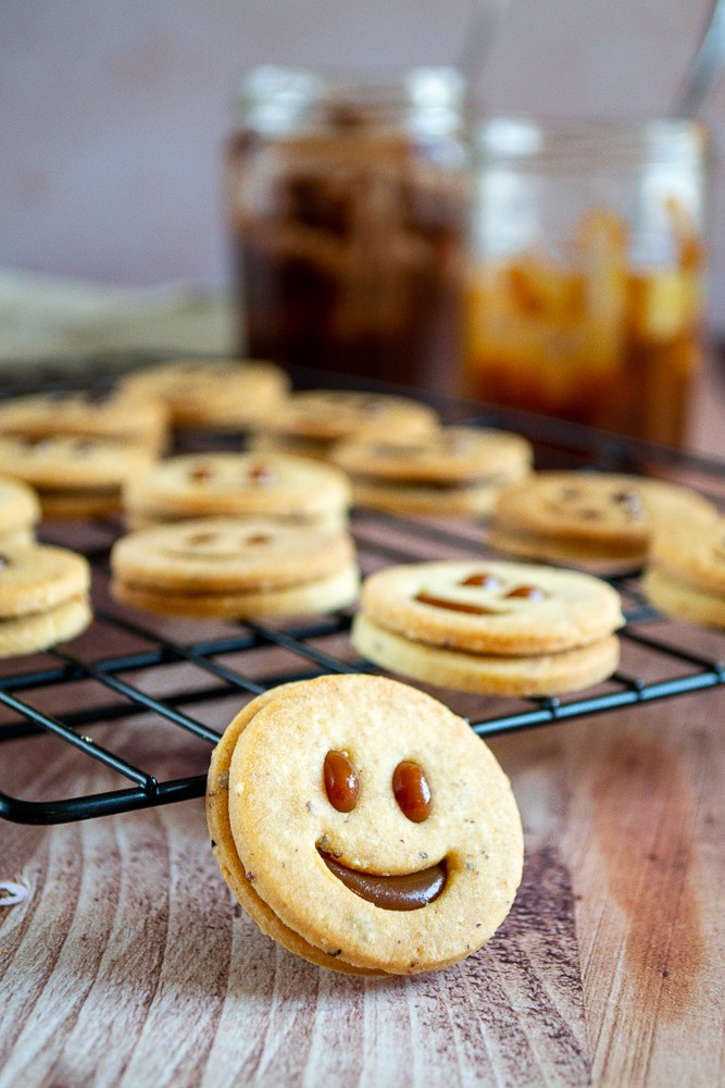 sables smileys pate sucree noisette
