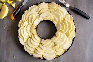 tarte aux pommes creme damandes et brioche5