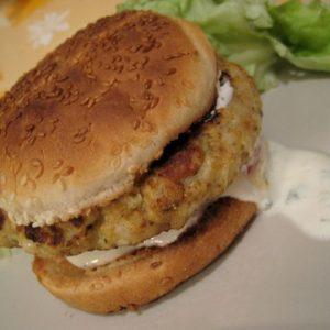 Hamburgers de poisson cajuns