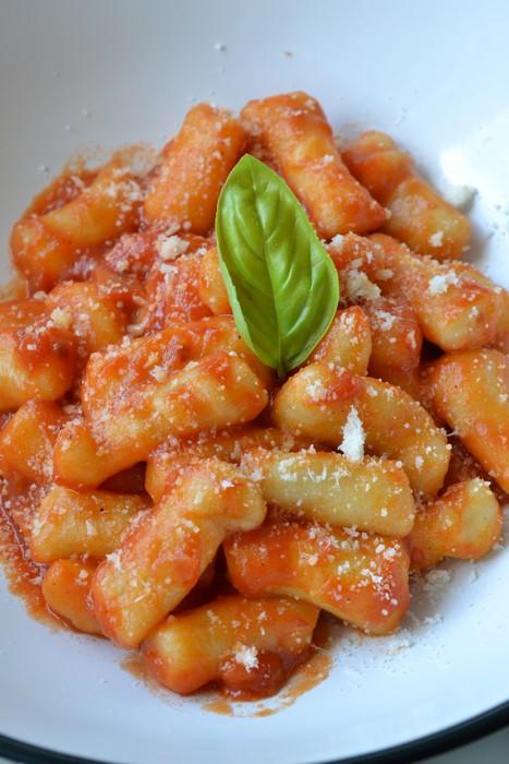 Gnocchis de pommes de terre à la sauce tomate