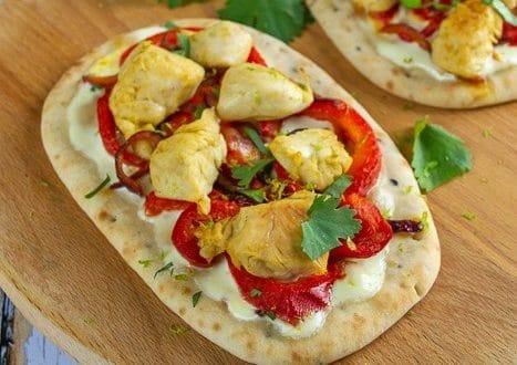 mini naans facon pizza au poulet au curry 1