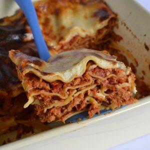 Lasagnes au thon et aux pignons