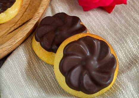 Petites marguerites au citron coque en chocolat